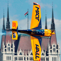 Applied Measurement & WINGMATE Avionics team up with Matt Hall Racing