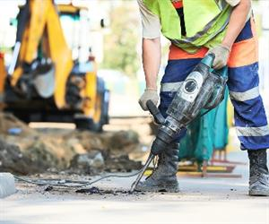 Renewed strength in house and apartment building drove the Australian construction industry back into growth territory.