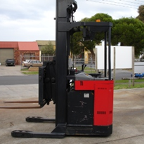 Double Deep Reach Truck | Linde BRT30D